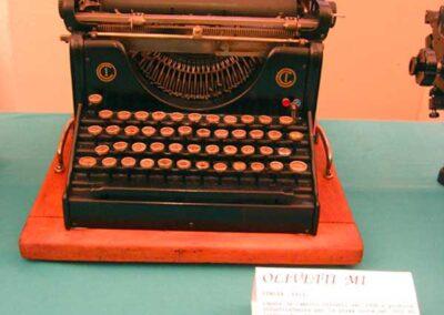 La prima OLIVETTI del 1911 - Nascita ed evoluzione della macchina per scrivere - Museo della Valle - Zogno