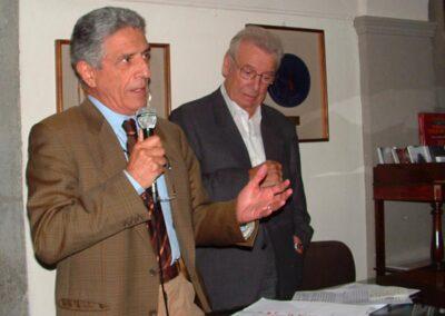 Il ragioniere Renato Amaglio e l'architetto Vito Sonzogni presentano la mostra - Foto Piero Gritti www.pieroweb.com