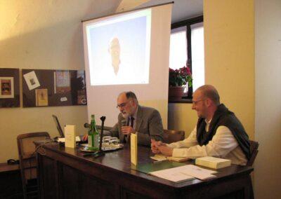 """Il professore Ivano Sonzogni presenta """"Apnea"""" di Matteo Ghisalberti - foto Pietro Gritti - www.pieroweb.com"""
