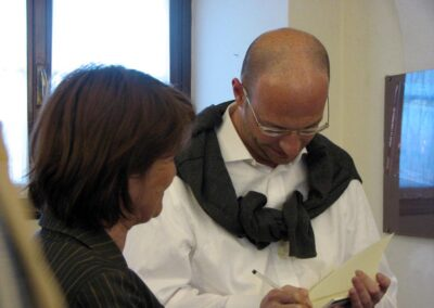 """Matteo intento nelle dediche di """"Apnea"""" - foto Pietro Gritti - www.pieroweb.com"""