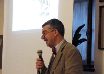 Flavio Burgarella presenta la sua raccolta di poesie - foto Pietro Gritti - www.museo della Valle - www.pieroweb.com