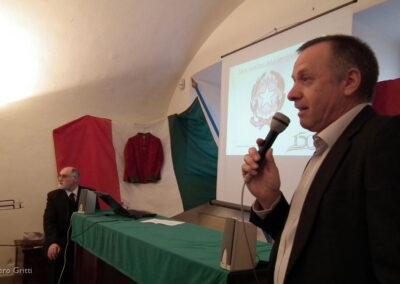 Introduce il prof. Bruno Marconi...