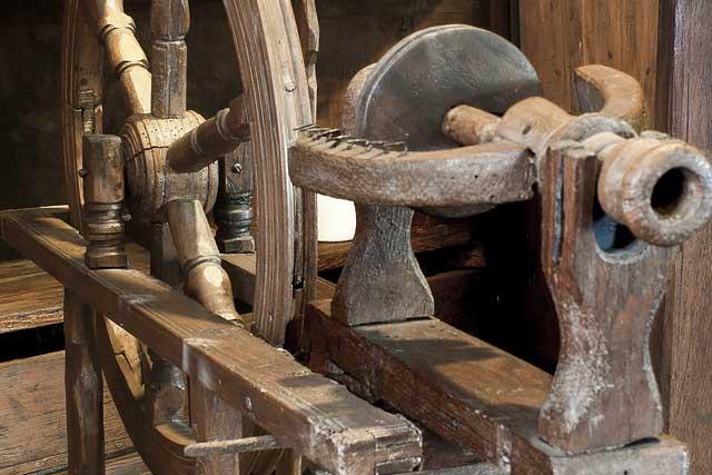 Museo della Valle -  Zogno - Bergamo - SALA IX - BASTONI 640X427