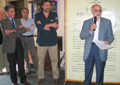 Il prof. Ivano Sonzogni presenta la Mostra La Valle Brembana nelle vecchie cartoline raccolte da Giordano Rota - Museo della Valle - Zogno