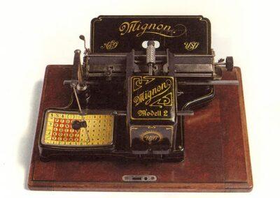 MIGNON AEG Modello n. 2 -Germania 1903 - Nascita ed evoluzione della macchina per scrivere