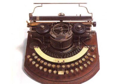 HAMMOND modello n.2 - U.S.A. 1881 - Nascita ed evoluzione della macchina per scrivere