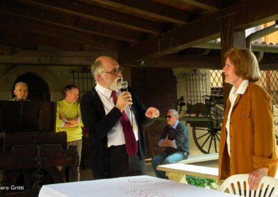 Presenta il prof. Ivano Sonzogni