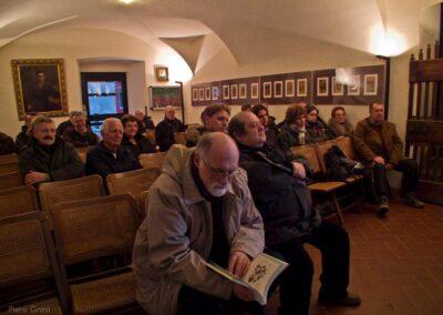 Il pubblico presente in ascolto