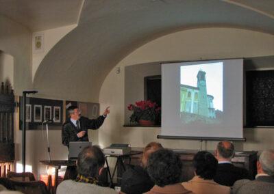 Il dottore Giuseppe Presenti nel corso della conferenza - foto Pietro Gritti - www.museo della Valle - www.pieroweb.com