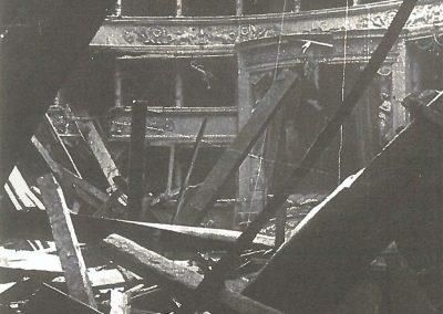 La Scala bombardata (15-16 agosto 1943 - foto Erio Piccagliani) (Archivio Teatro alla Scala - Milano)
